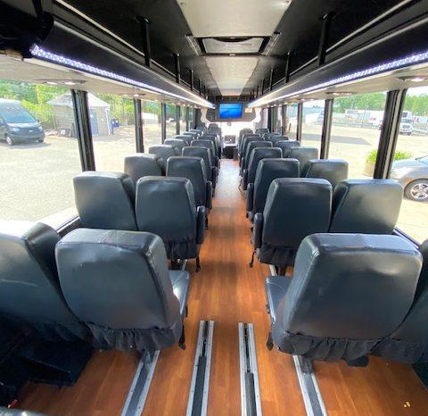 2013 Freightliner Luxury shuttle 44 passenger Coach full