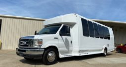 2014 Limo Bus Ford E450 Turtle Top 20 Passenger