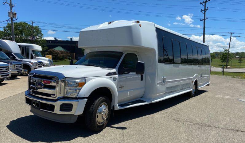 2013 Ford F550 29 Passenger Limo Coach w/ Lav full