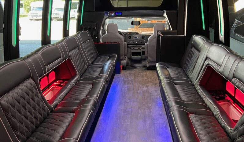 2018 Global Motor Coach Ford E450 Limo Bus full