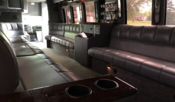 Global Motor Coach Presents this 2007 GMC 5500 Limo Bus full