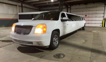 Global Motor Coach Presents this 2007 Ultimate GMC Yukon SUV Stretch full