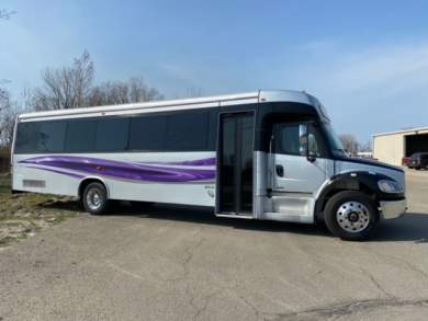 Global Motor Coach presents this 2012  Freightliner Limo Bus 32 Pax full